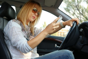 Don't Make These Distracted Driving Mistakes